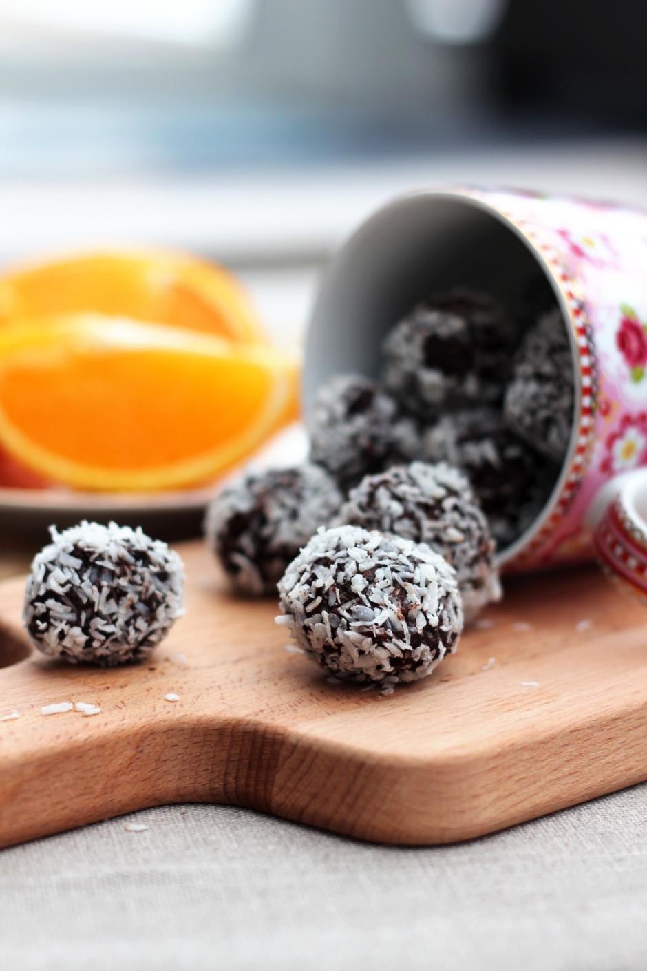 rawfoodbollar med dadlar