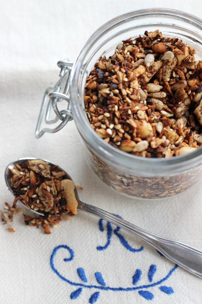 Älskar doften som sprider sig i huset när man gjort en ny omgång av härlig granola!