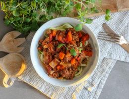 Köttfärssås med mycket grönsaker